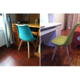 Garten-Hotel-Möbel-Plastikbankett-Kirche, die Stuhl speist