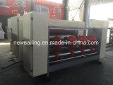 Alimentador de Corrente de Impressora Flexo Slotter para Papelão Ondulado fazendo a máquina