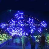 De LEIDENE Kabel steekt het LEIDENE van Kerstmis van de Ster OpenluchtMotief van Lichten aan