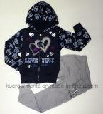 Одежды младенца сердца в одеждах малышей детей
