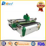 Systèmes CNC Oscilalting Cutting Machine pour matériel de rouleau