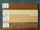熱い建築材料の床タイルの木のタイル