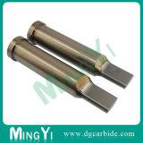 錫の上塗を施してあるイジェクタの穿孔器(UDSI0117)