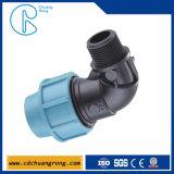 Compressione del tubo di acqua dei pp che misura un gomito da 90 gradi