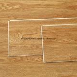 Revêtement composite en bois et en plastique résistant à l'usure de l'intérieur