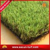 Дерновина травы ковра лужайки прованского зеленого цвета искусственная
