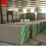 Le papier face les plaques de plâtre de carreaux de plafond Partition mural 1200*2400mm