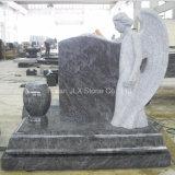 アメリカのBahamaの青い花こう岩の天使記念碑