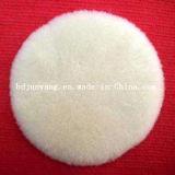 Roues blanches de feutre de laines