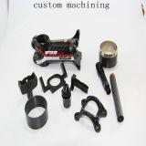 CNC機械精密回転習慣による精密な機械化のハードウェアまたは金属部分のスペアー