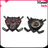 Forme personnalisée Cheap Die Stripped Iron Metal Dance Lapel Pins / Badges