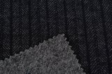 Tela negra hecha punto de lana de la raya