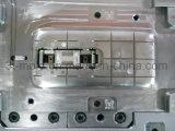 Bouchon de l'automobile pour les capots des rails de moulage par injection plastique