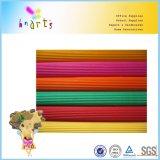 La couleur lumineuse a ondulé le papier ondulé de métier