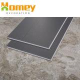 Étanche en vinyle PVC épaisseur 4 mm le carrelage de planches de matériel