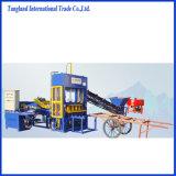 Halbautomatischer Qt4-15 Ziegeleimaschine-Verkauf im Nigeria-/Sicherheitskreis-/Eis-Block, der Maschinen-/Eis-Block maschinell bearbeiten lässt/hydraulische Ziegeleimaschine