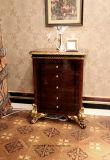 A pintura e as peças elevadas antigas luxuosas italianas do lustro da madeira contínua cobriram o gabinete da gaveta da folha de ouro