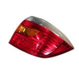 Moldeo por inyección plástico de la lámpara auto de la alta calidad