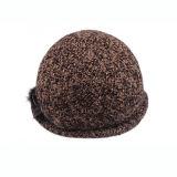 Kundenspezifische Form-Wolle-Winter-Hut-Dame-Schutzkappe