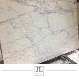 El italiano de mármol blanco Calacatta Coutertops losas de mármol blanco Azulejos losas compuestas