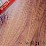 12.3mm手はブルーグレーの積層物の木製のフロアーリングを擦った