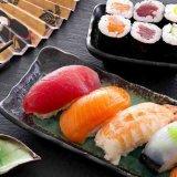 De gebruikte Automatische Bal die van de Rijst van Sushi Tomoe Machine maakt