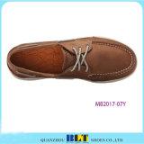 新しいデザイン革ボートの靴