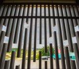 Низкие расходы на обслуживание Композитный пластик из дерева декоративные Рейки подаются игольчатым WPC ПК