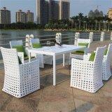 Muebles al aire libre del jardín de la rota de mimbre seccional de lujo del sofá