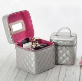 化粧品および口紅のための標準的な、流行PUのスキンケア製品の世帯の収納箱、創造的な収納箱、宝石類の箱またはボックス
