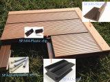 Decking compuesto plástico de madera al aire libre de WPC para al aire libre