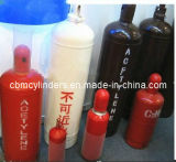 Cilindri portatili dell'acetilene con le protezioni della valvola di sicurezza