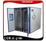 Großer Ei-Inkubator Geflügel-Digital-10000, der das Maschinen-Cer markiert ausbrütet