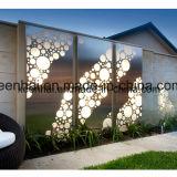 Panneau de mur perforé en aluminium décoratif coupé par laser pour la façade