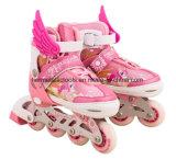 Patín en línea de los patines del estilo en línea del cuento de hadas con las alas