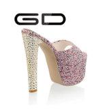Тапочка ботинок женщин платформы высокой пятки Gdshoe кристаллический