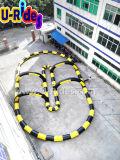 A trilha de raça por atacado da esfera do zorb dos jogos do esporte inflável vai arrendamento da trilha do kart