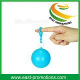 Fördernder Plastikkugel-Regenmantel Keychain