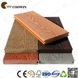biens populaires gravés en relief par 3D aucun étage composé en plastique en bois de effacement de Decking