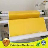 El doble amarillo del rodillo enorme de la cinta del bordado echó a un lado/la cinta de la cara
