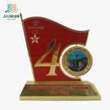 ベストセラーの合金の鋳造のエナメルの記念品のための軍の金属のトロフィ