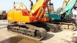 Doosanは販売のために掘削機Doosan 220-5を使用した