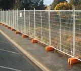 Galvanisiertes Metallineinander greifen, das Tamporary Zaun einzäunt