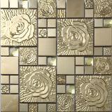 Parede de metal de ladrilhos, mosaicos de mosaico dourado