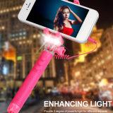 2016 neues Kabel Monopod, Selfie Stock mit LED-Taschenlampe