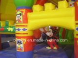子供公園のためのMickeyの膨脹可能な城