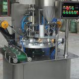 Rotatorio automático plástico de la taza de llenado y sellado de la máquina
