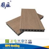 高品質の屋外のデッキの木製のプラスチック合成の共押出しDecking