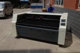 Máquina de gravura de alimentação da estaca do laser do tapete principal dobro auto