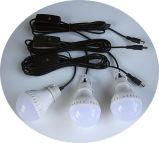 vendas portáteis do USB das ampolas do diodo emissor de luz do sistema 3W do jogo do painel 5W solar